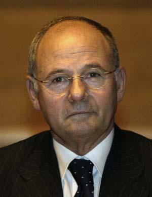 MARIO FLORIS - Assessore Affari Generali, Personale e Riforma della Regione Nuoro