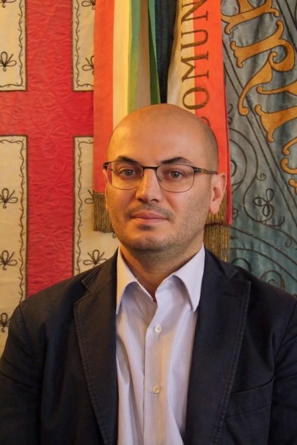 Davide Conte - Assessore Bilancio, Finanze, Partecipazioni Societarie, Partecipazioni degli utenti al controllo della qualità dei servizi pubblici comunali. Bologna